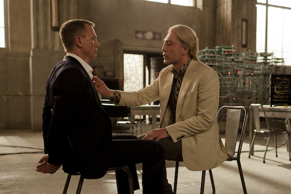 Daniel Craig (left) and Javier Bardem star in Metro-Goldwyn-Mayer Pictures/Columbia Pictures/EON Productionsí action adventure SKYFALL.