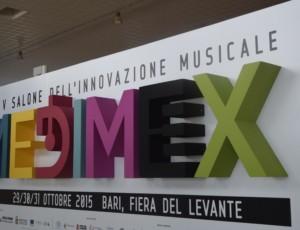 Ultimi preparativi per l'inaugurazione di Medimex, il salone dell'innovazione musicale, che aprira' il 29 ottobre a Bari, 28 ottobre 2015, ANSA/ VINCENZO CHIUMARULO