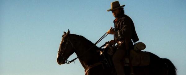 Il texano dagli occhi di ghiaccio, Clint Eastwood, 1976