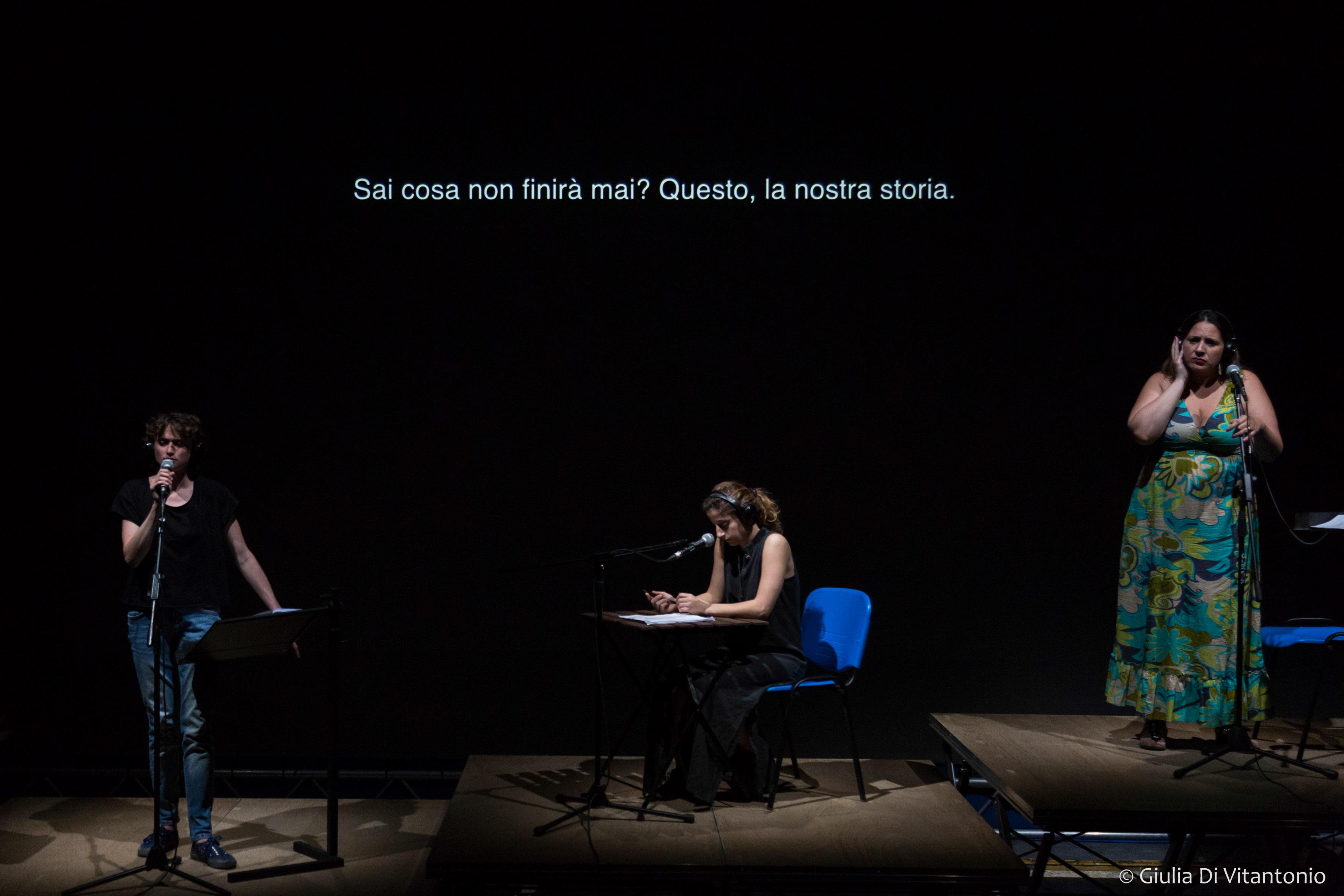 Roger Bernat Nessuna conversazione degna di rilievo. Foto di scena ©Giulia Di Vitantonio