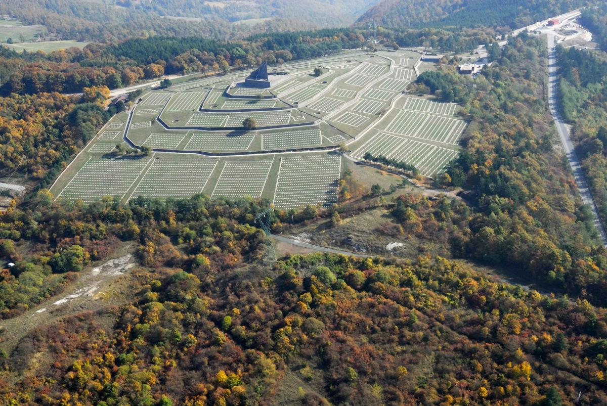 Cimitero militare germanico della Futa, Firenzuola (FI). Foto ©Archivio Zeta