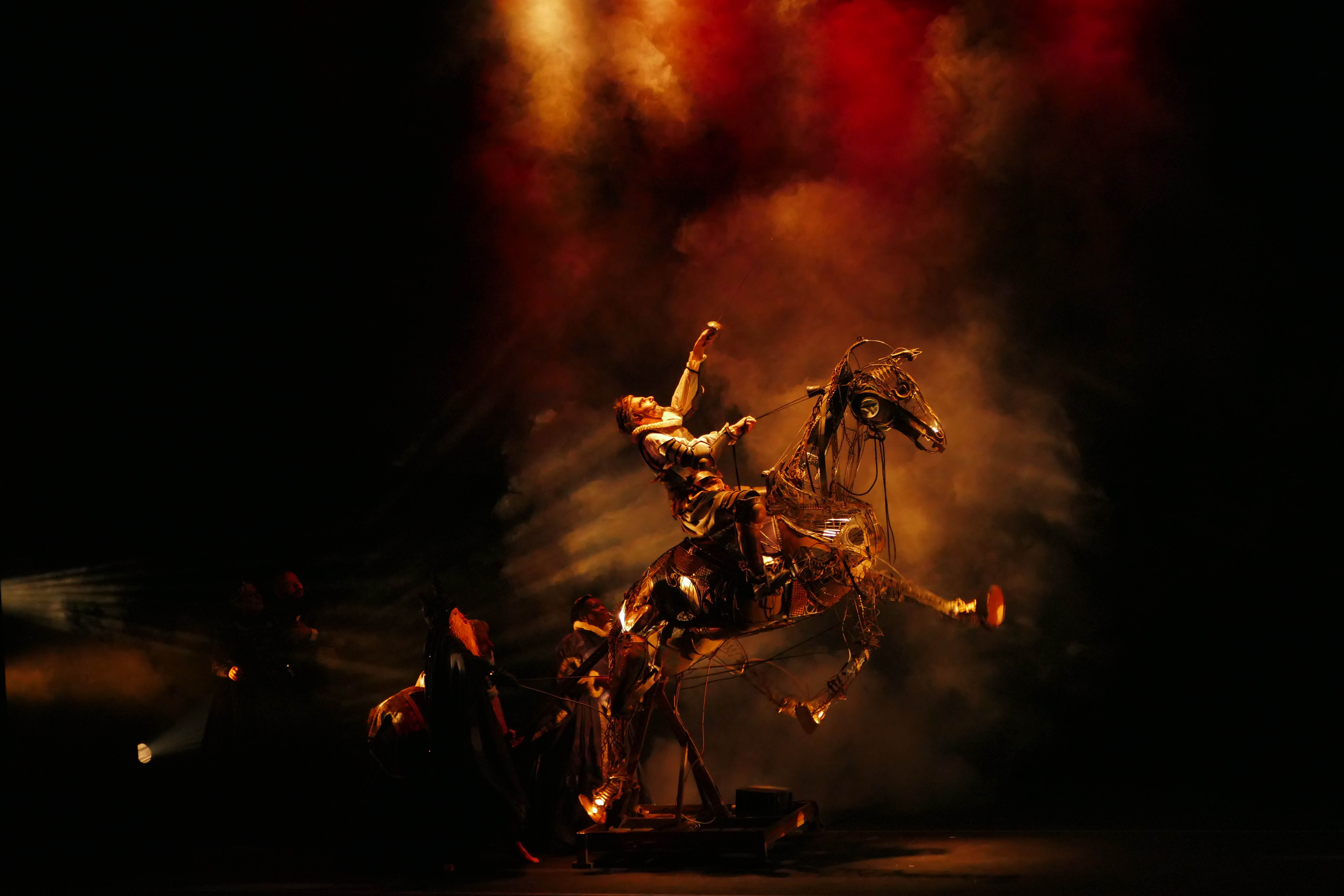 Théâtre de la Mezzanine Don Quichotte. Foto ©Jean-François Chastria
