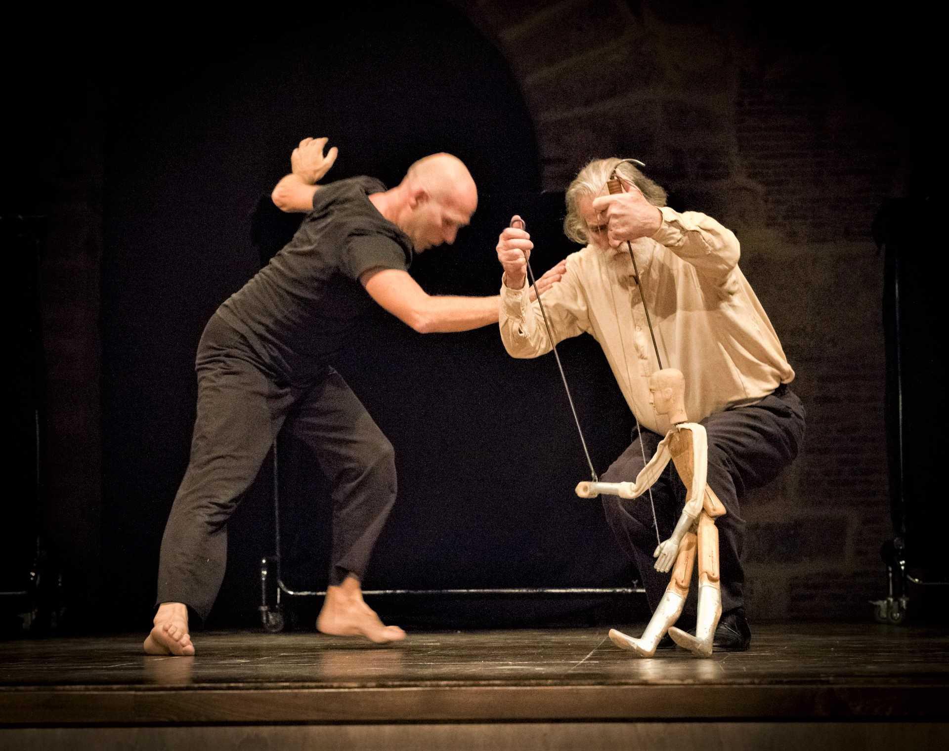 Virgilio Sieni & Mimmo Cuticchio Atlante_Vangelo#1. Foto di scena ©Alessandro D'Amico