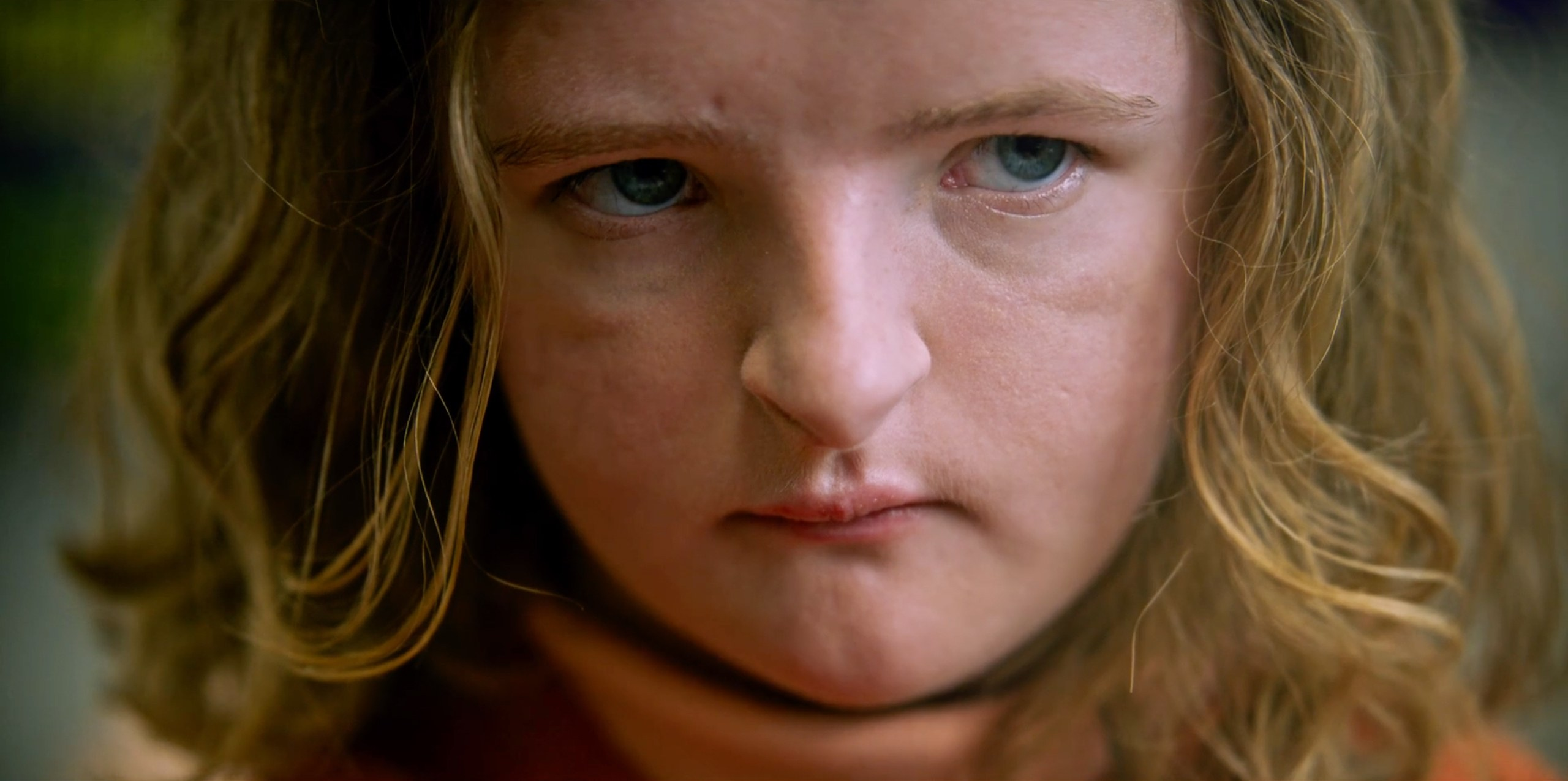 HEREDITARY-trailer-gq