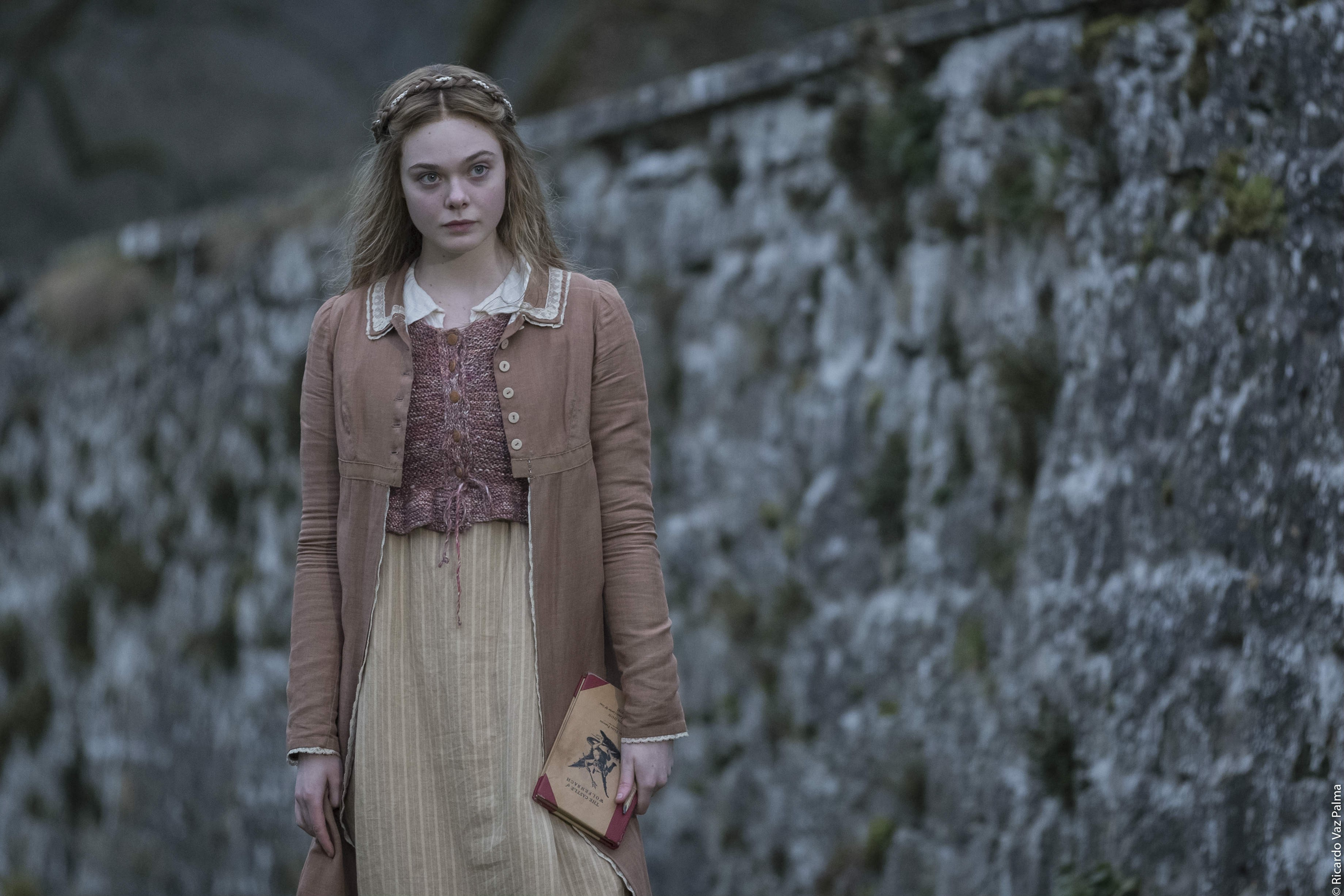 mary-shelley-elle_fanning_courtesy_ifc_films