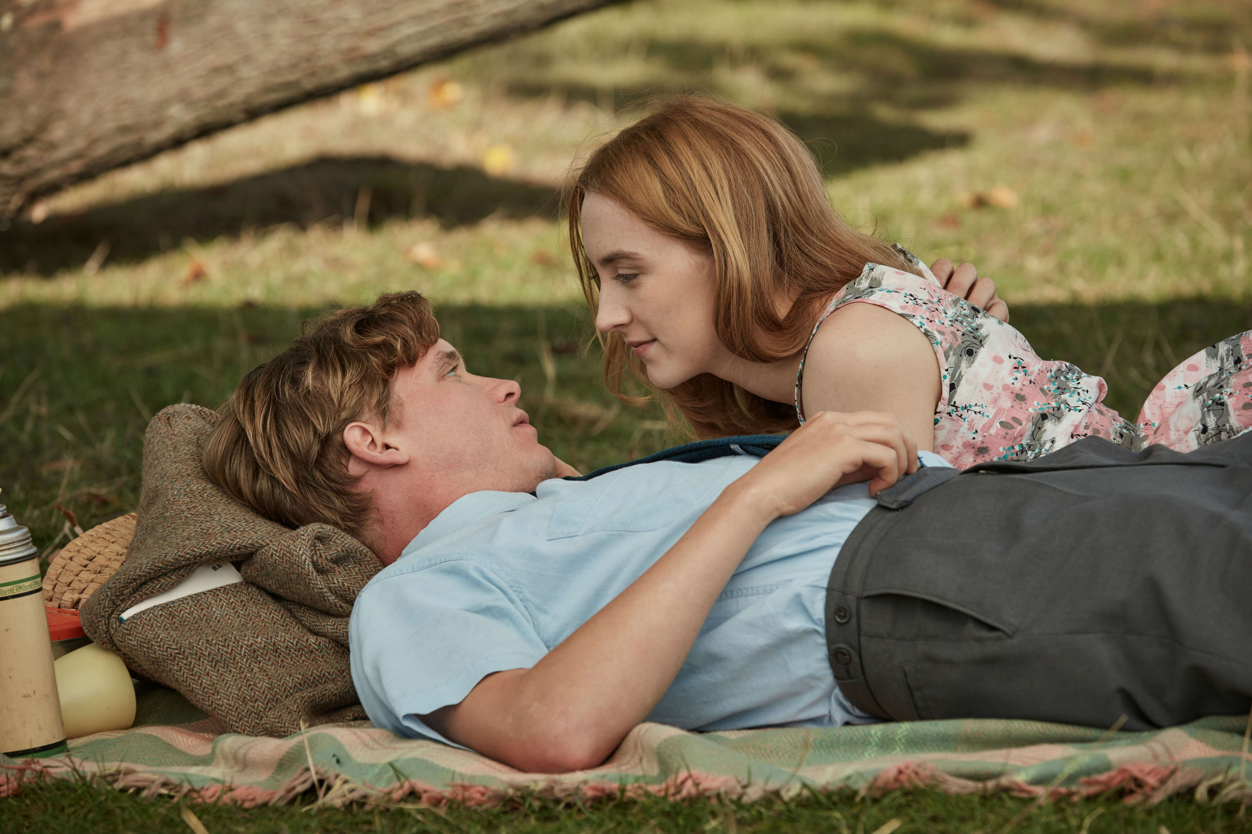 on_chesil_beach_billy_howle_saoirse_ronan_credit_robert_vig