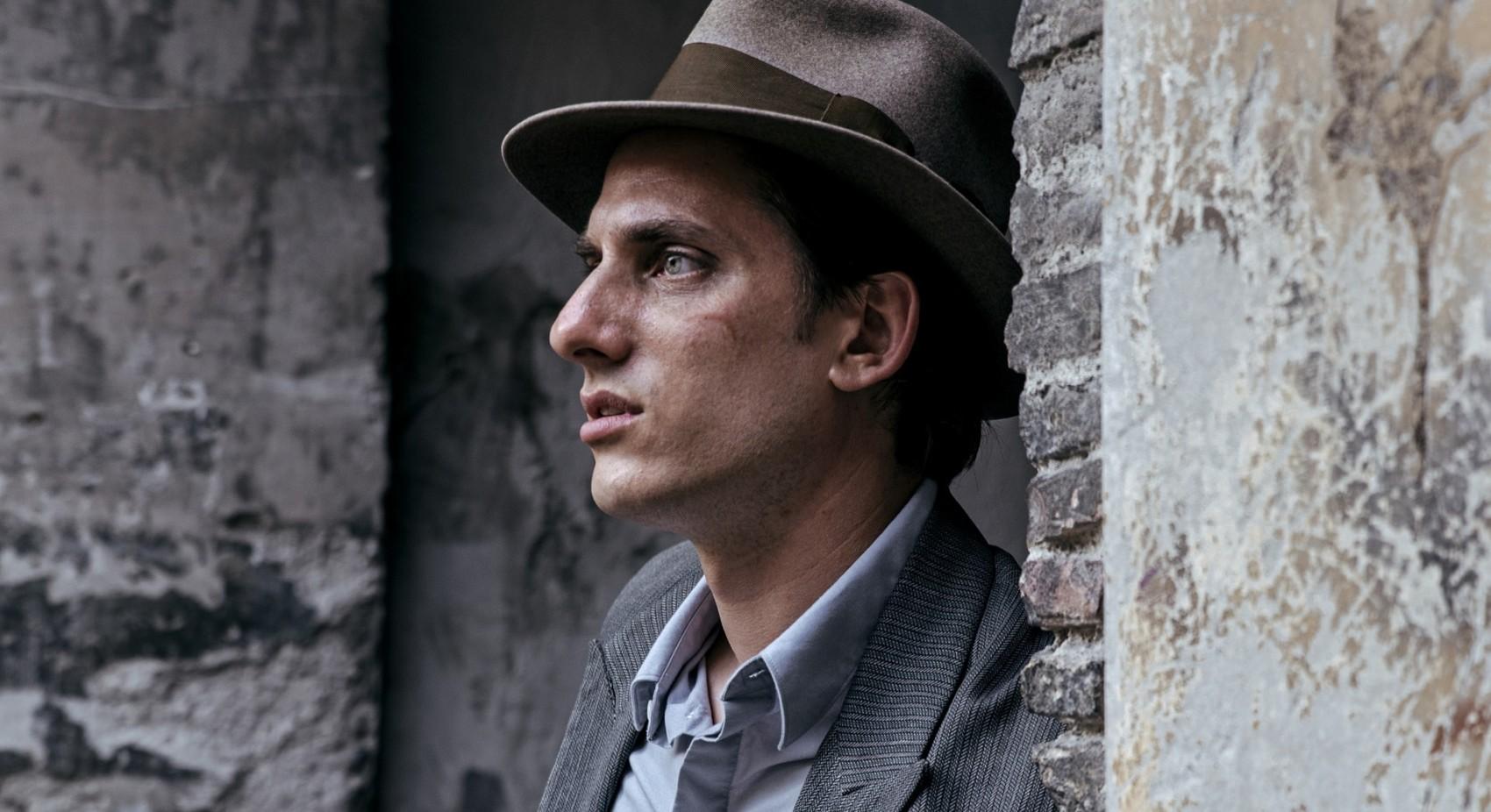 53480-MARTIN_EDEN_-_Actor_Luca_Marinelli__2_